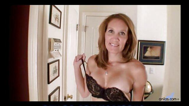 Gigantesco consolador anal y penetración pelicula porno completa mexicana con el puño