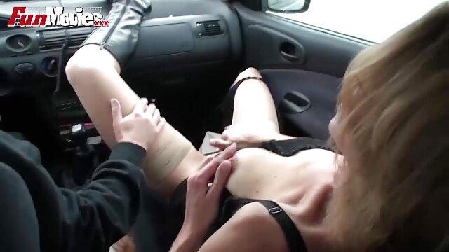fille se masturbe dans xxx español online le desert