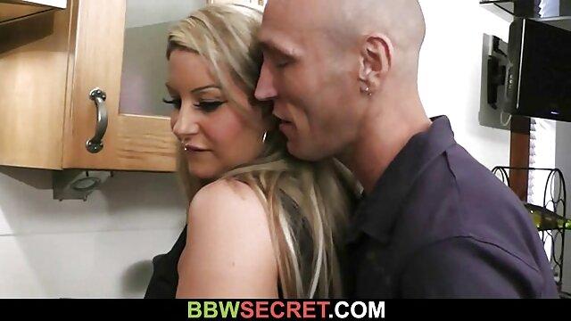 Elizabeth solo porno gratis Bentley juega con la polla de su profesor