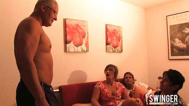 La sexy de ébano Anya Ivy come el coño descargar pelicula porno completa mojado de Daya Knights