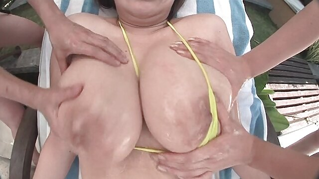 Bikini porno
